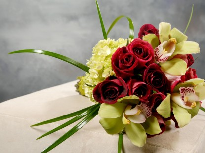 Rose, Cymbidium Orchid, and Hydrangea